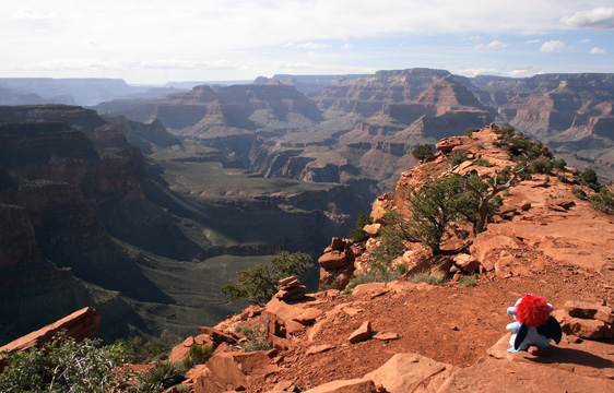 Cedar Ridge, a vista point along the South Kaibab trailhead in Grand Canyon National Park, AZ