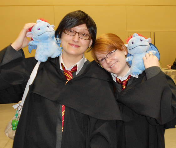 Hogwarts cosplay students and their animal companions